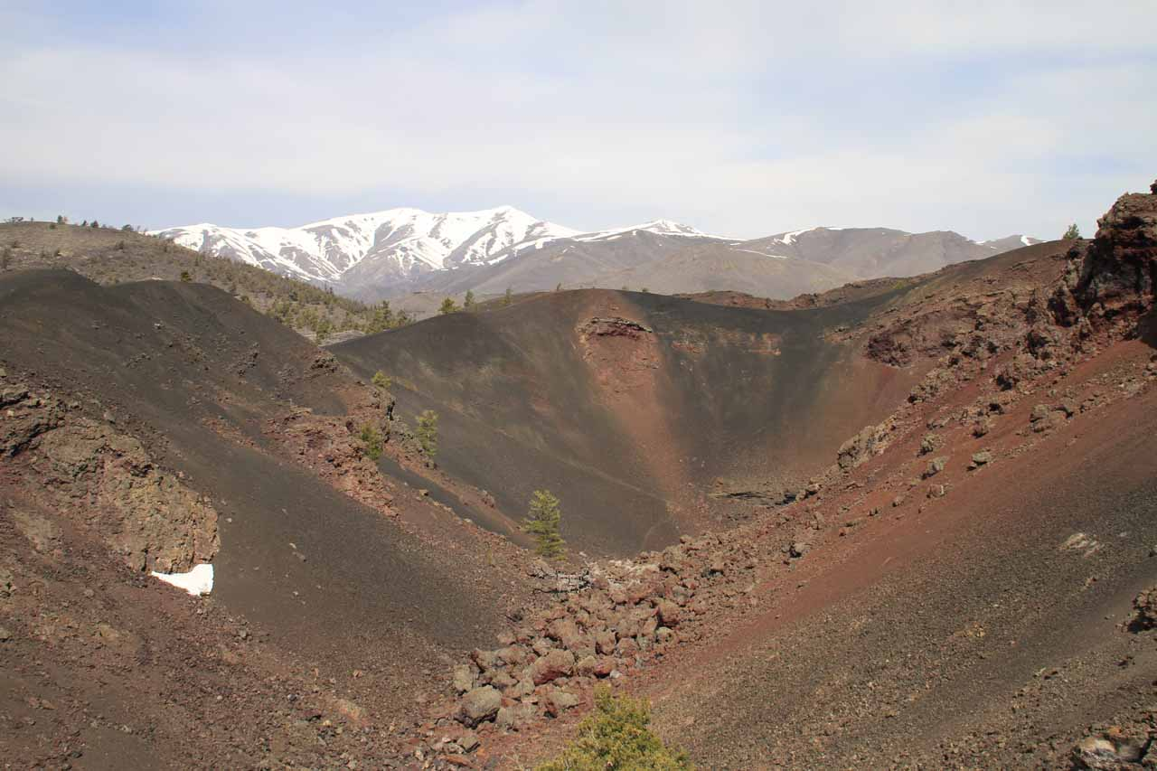 Another look at the Red Crater backed by some attractive snowy mountains