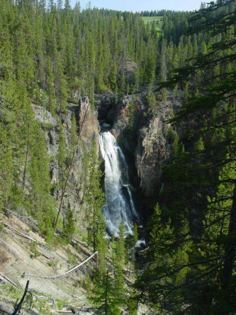 Crystal_Falls_015_06222004 - Contextual look at Crystal Falls
