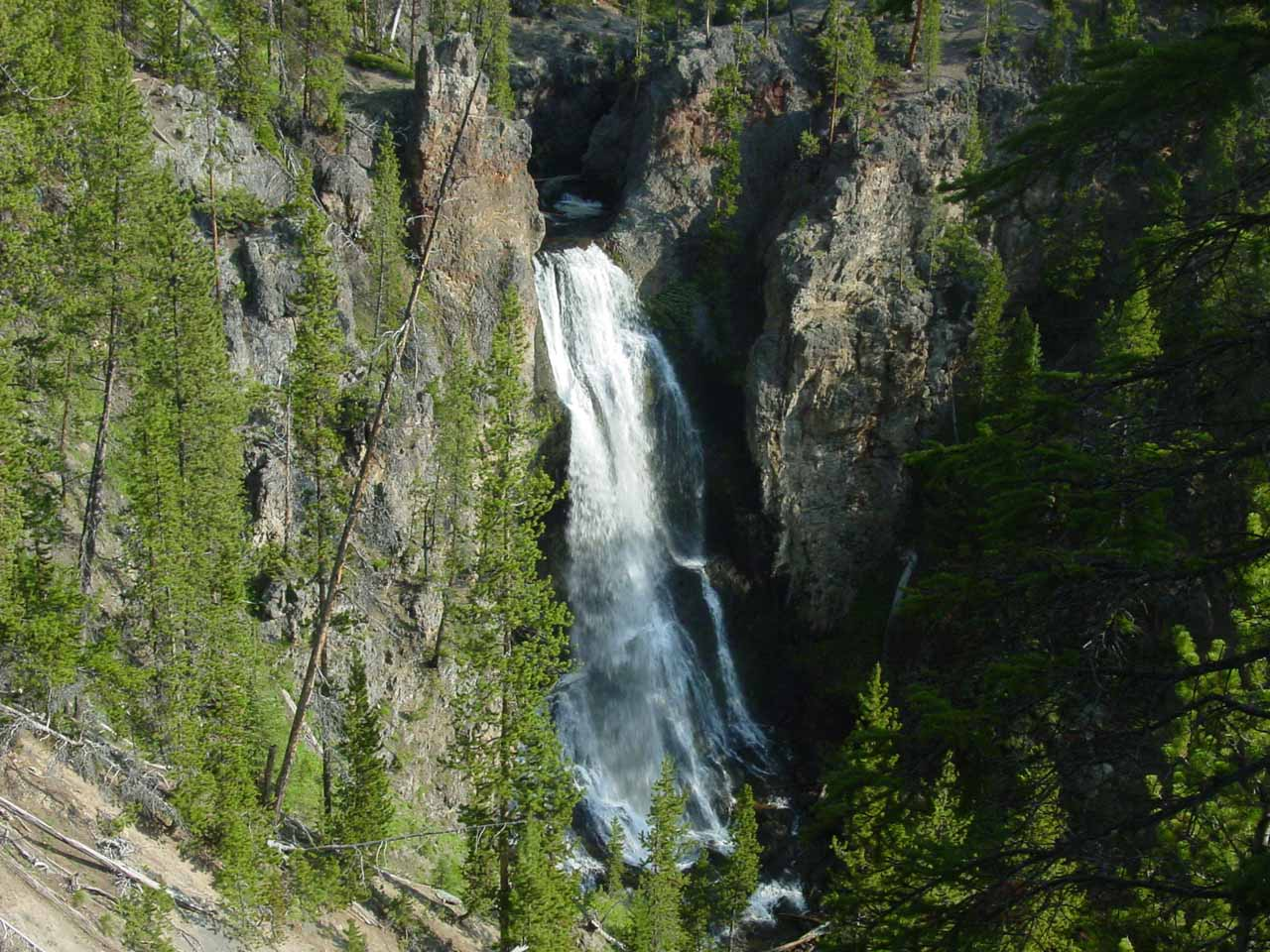 Crystal falls yellowstone national park wyoming usa for Crystal falls