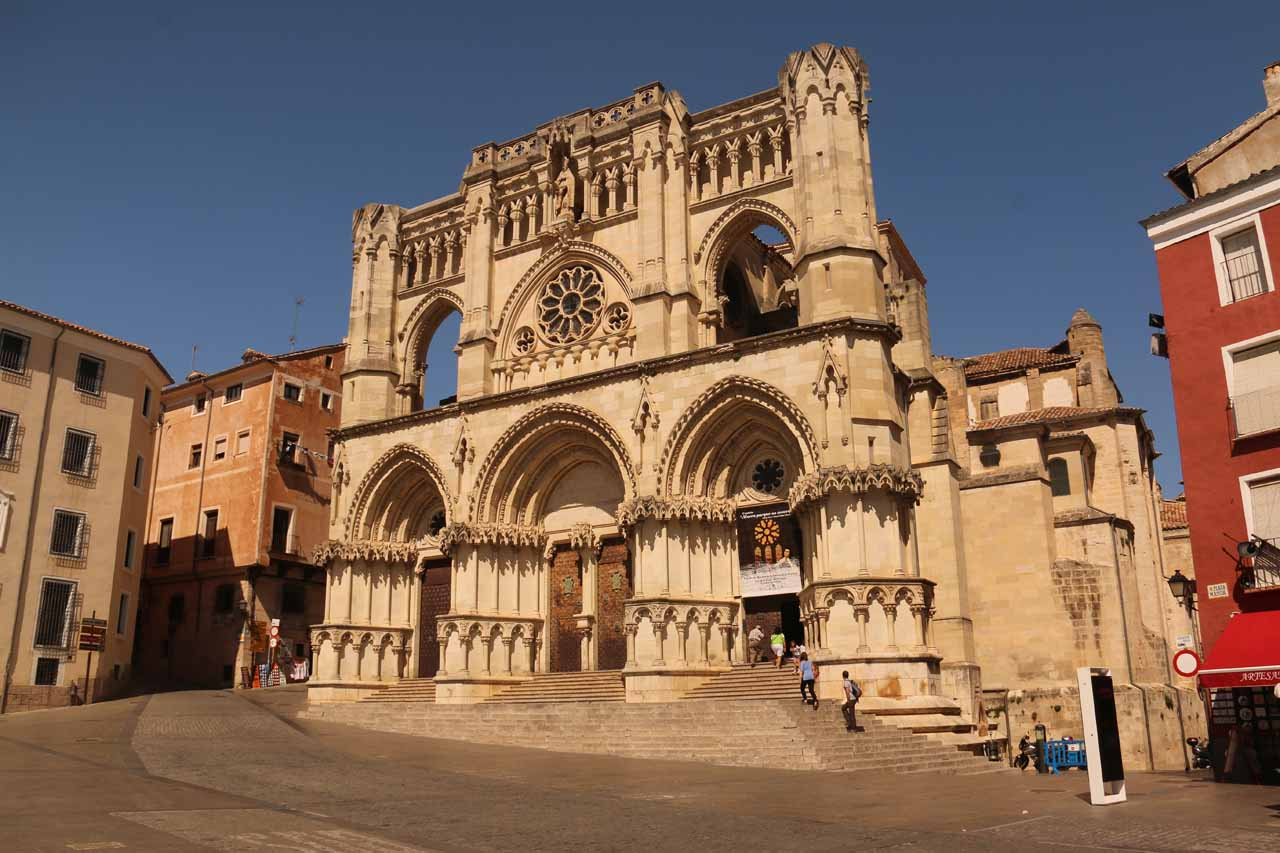 Back at the Plaza Mayor de Cuenca and the Catedral, which was now open