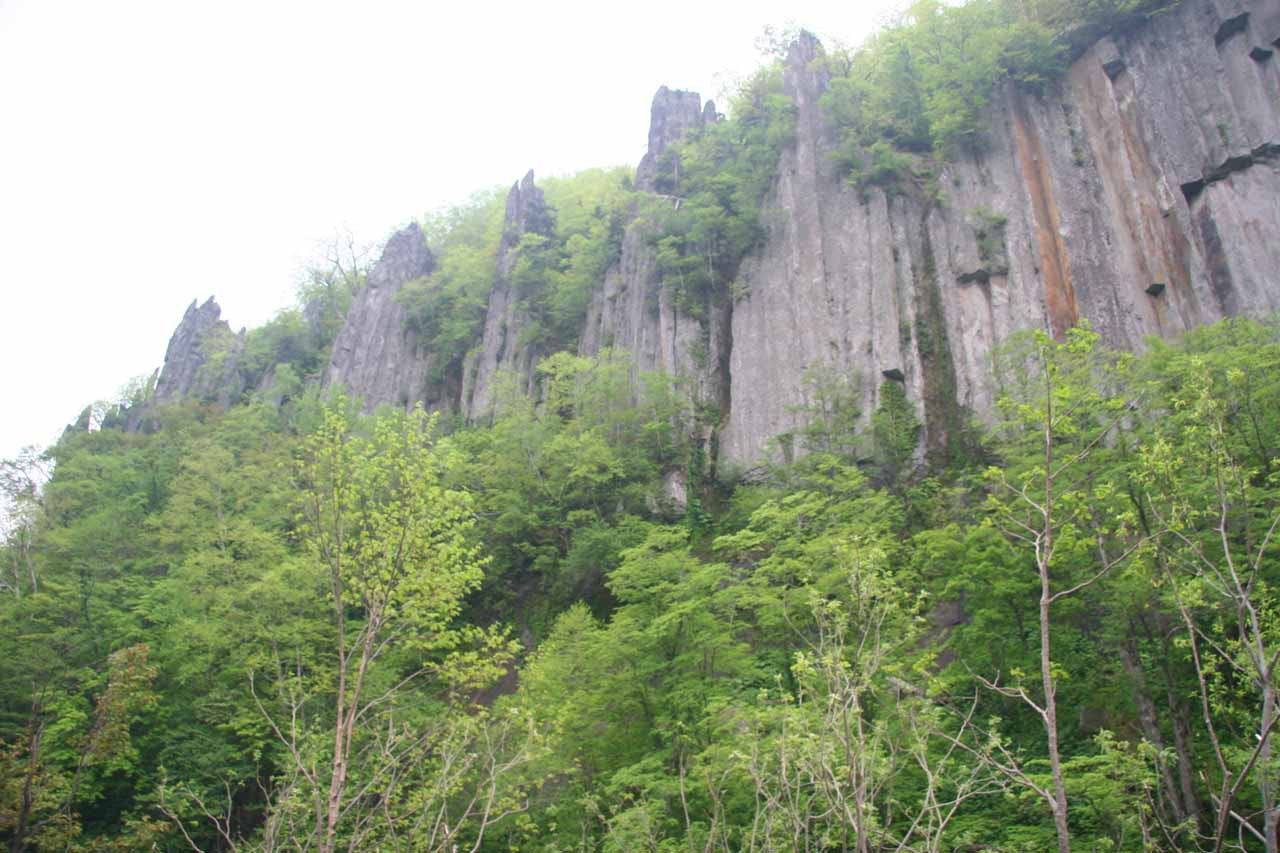 As we were walking along the Tenninkyo Gorge, we noticed these interesting basalt columns high up on the cliffs