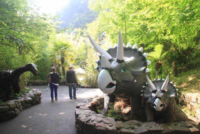 Dan-yr-Ogof_Showcaves__066_09042014 - Dinosaurs aplenty at the Dan-yr-Ogof Showcaves