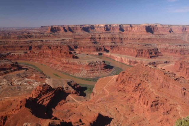 Dead_Horse_Point_17_011_04202017 - In addition to Arches and Canyonlands, Moab was also a good base for exploring Dead Horse Point, which was like a mini-Grand Canyon as the Colorado River goosenecked its way through the red canyons