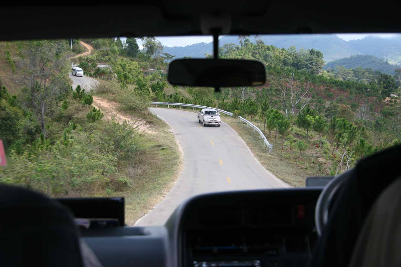 Twisting roads to Umphang