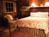 Deetjens_003_jx_03182010 - Inside the Faraway Room