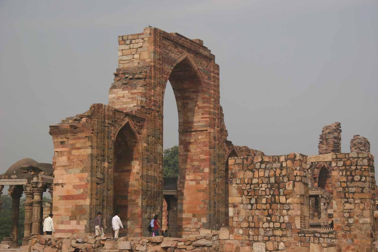 Ruins around Qutb Minar reminiscent of Egypt