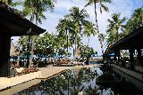 Denerau_030_11102019 - The reflective pool and fountain behind the lobby of the Westin Fiji in Denerau in better weather