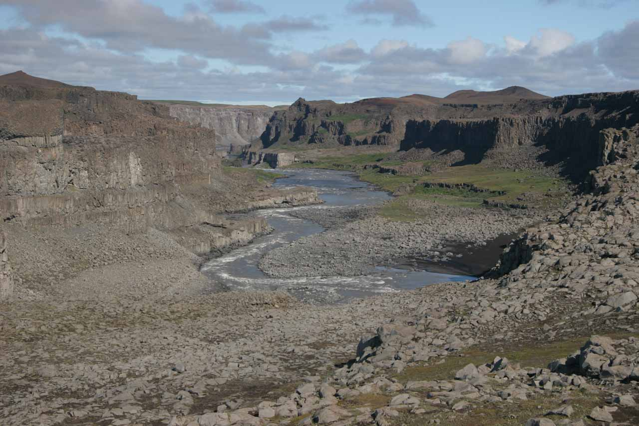 Looking into the canyon downstream from Dettifoss