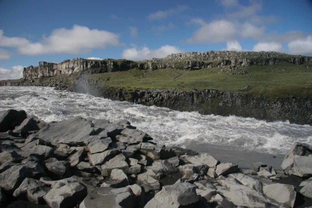 Dettifoss_015_06292007 - The milky white Jökulsá á Fjöllum about to rush over the brink of Dettifoss