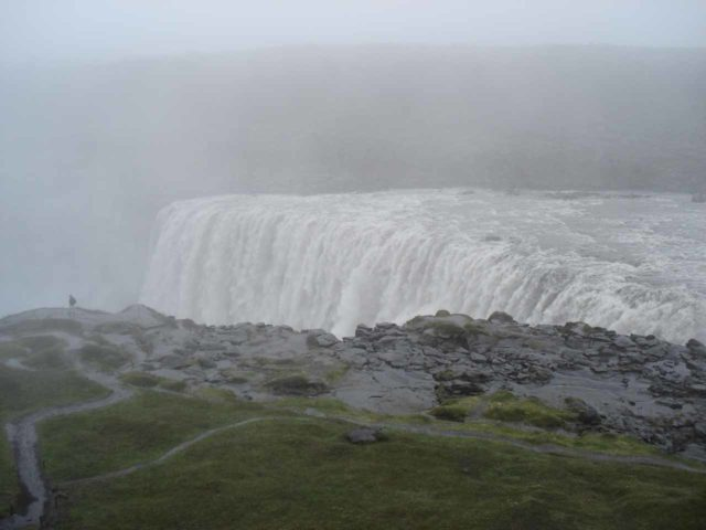 Dettifoss_017_jx_06282007 - Barely 24 hours before our do-over of the west bank of Dettifoss, we had to contend with pretty bad weather, which really made for a completely different experience