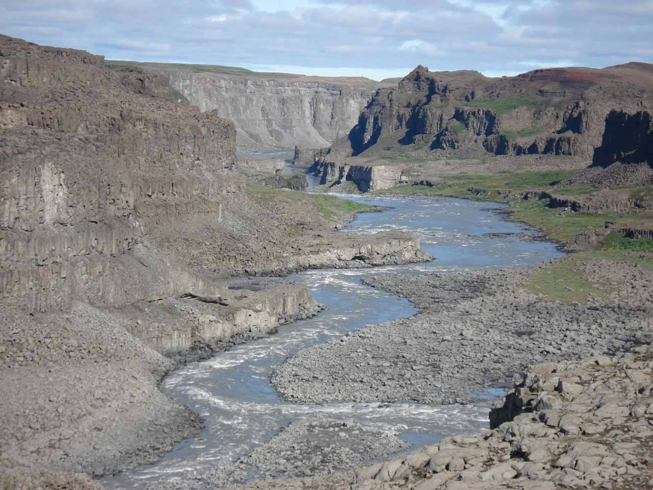 Looking downstream at the Jökulsárgljúfur canyon while hiking the east bank trail