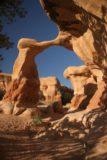 Devils_Garden_036_09162006 - Metate Arch