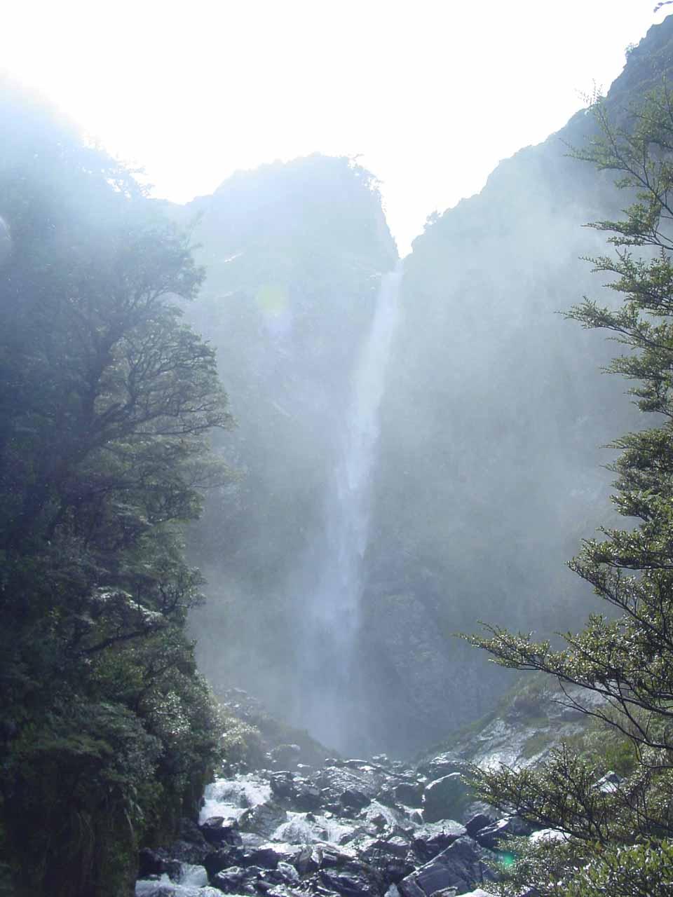 Devil S Punchbowl Falls World Of Waterfalls