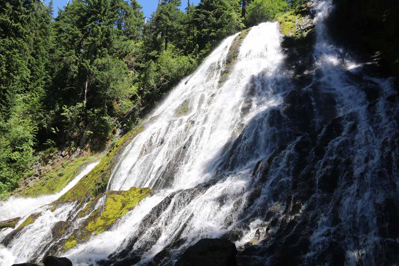 A more straight-on look at as much of Diamond Creek Falls as I could capture from the end of the official trail
