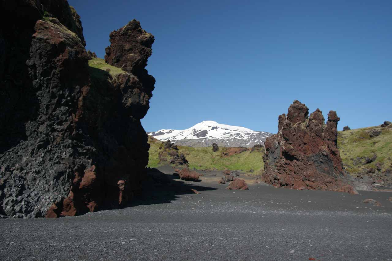 Further to the west of Kirkjufellsfoss was the beautiful beach and lava formations at Djupalonssandur, where we also got a look back at the Snaefellsjokul Glacier