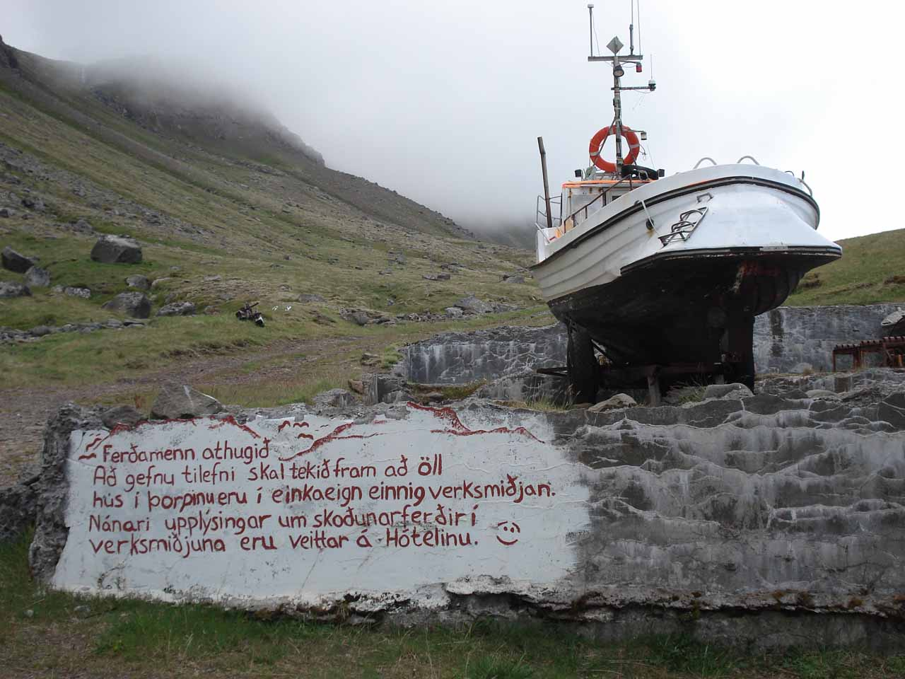 The Icelandic Language - World of Waterfalls