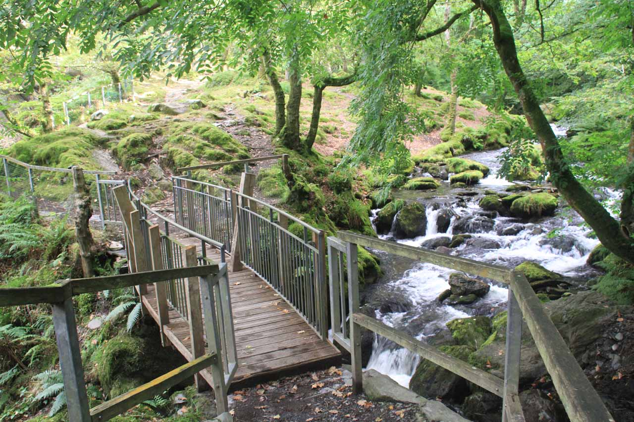 Looking back at the bridge over the Nant Dol-goch