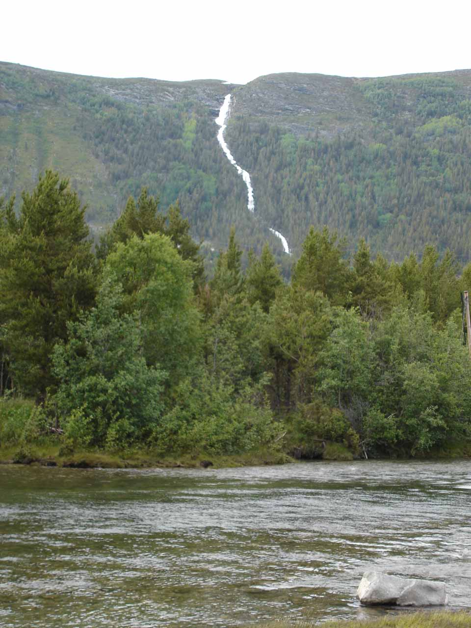 A very large waterfall off the Road 15 between Otta and Geiranger