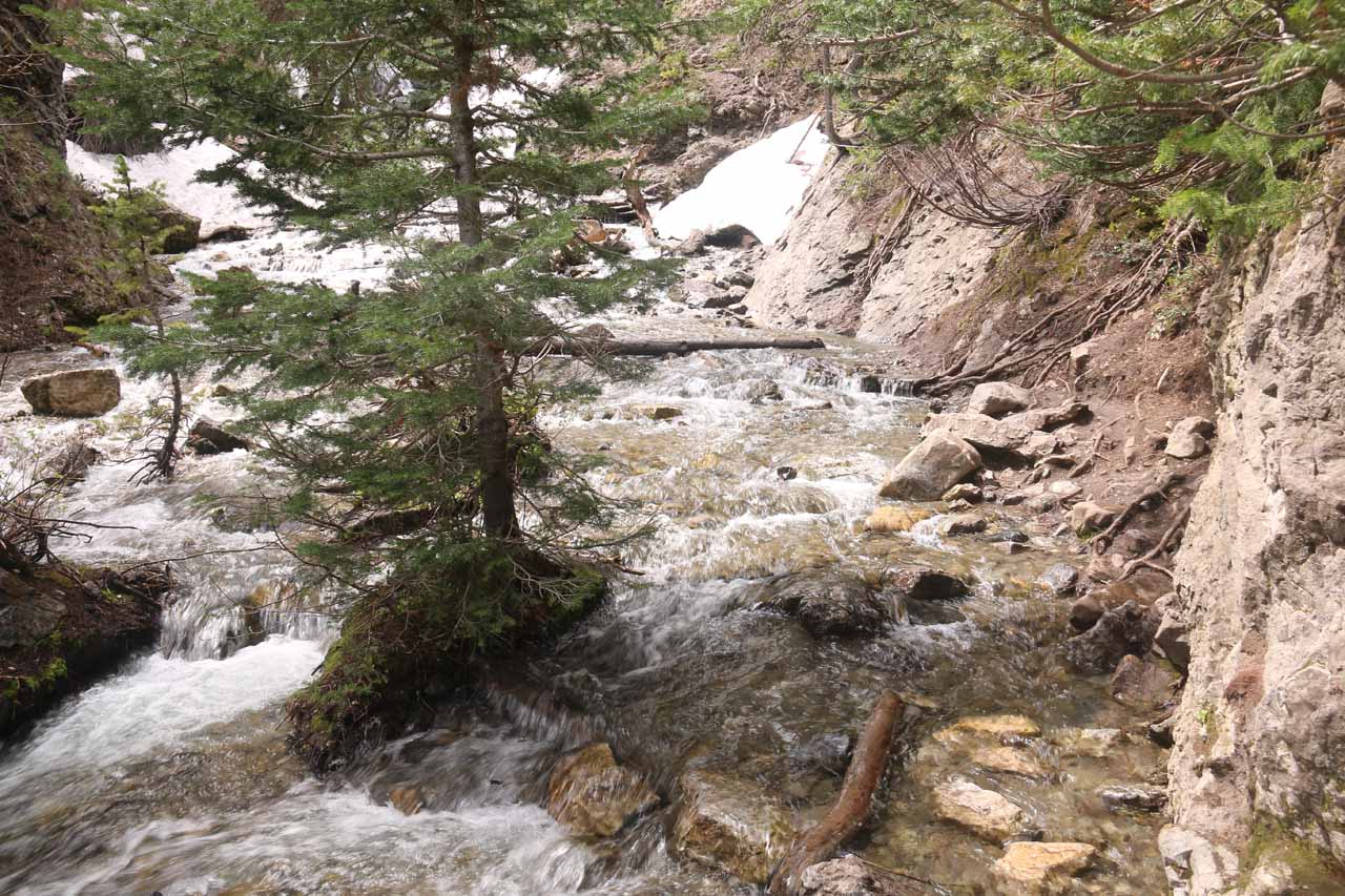 More contextual look at the Mill D South Fork crossing to improve the views of Donut Falls