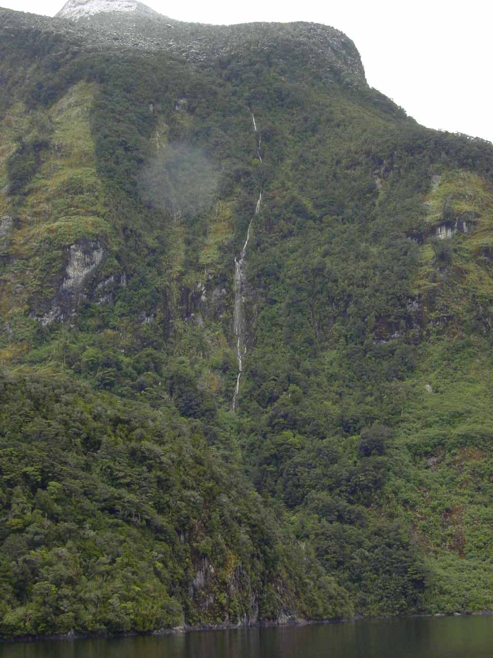 One of the thin ephemeral waterfalls feeding the Doubtful Sound
