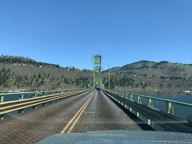 Drive_to_Curly_Creek_001_iPhone_04052021 - Traversing the Hood River Bridge over the Columbia River to cross over the state border from Oregon into Washington and pursue the Curly Creek Falls