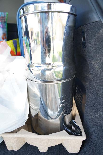 Closeup look at the Travel Berkey positioned in the back of the rental SUV