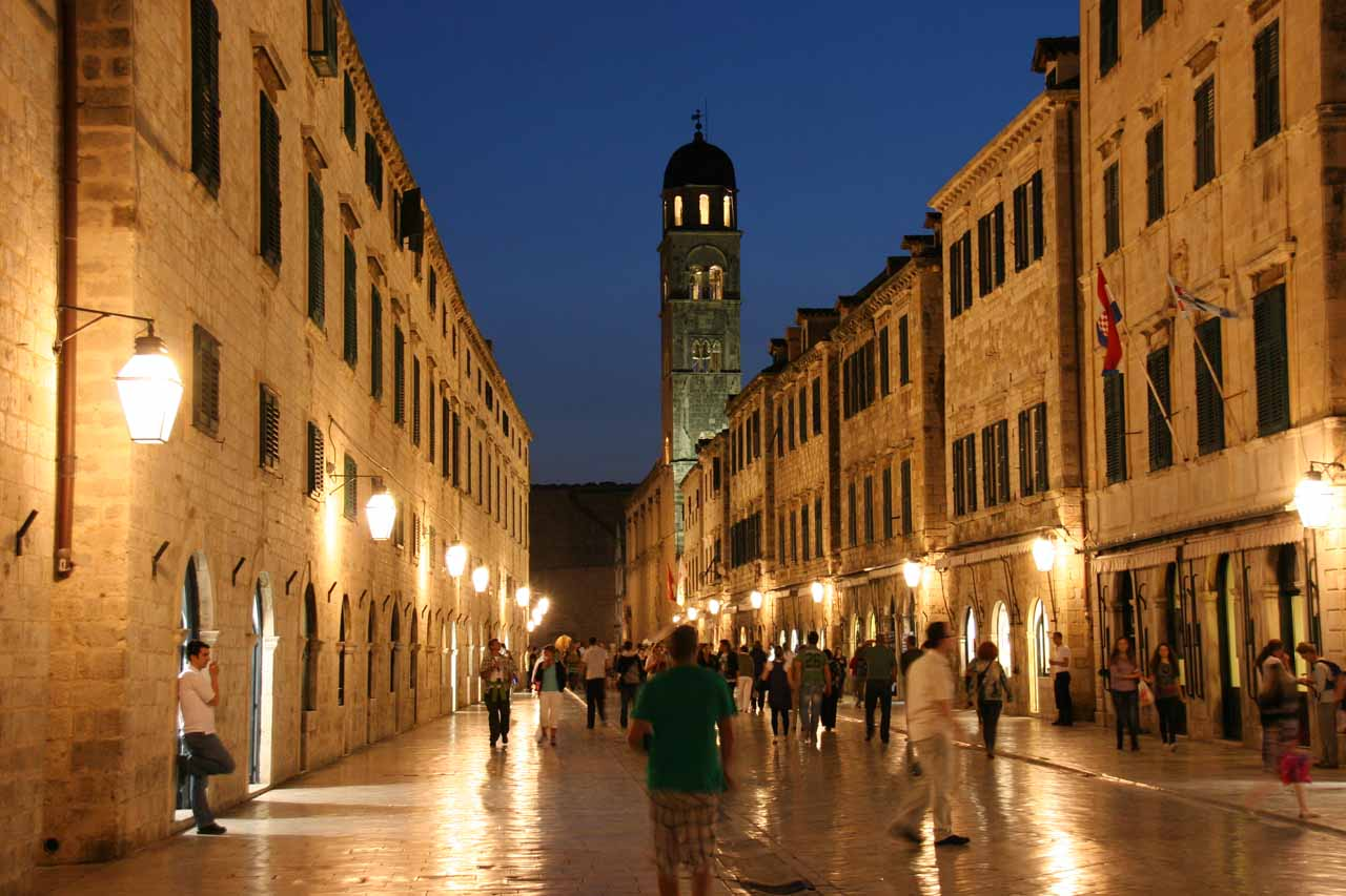 Night time in the Stradun
