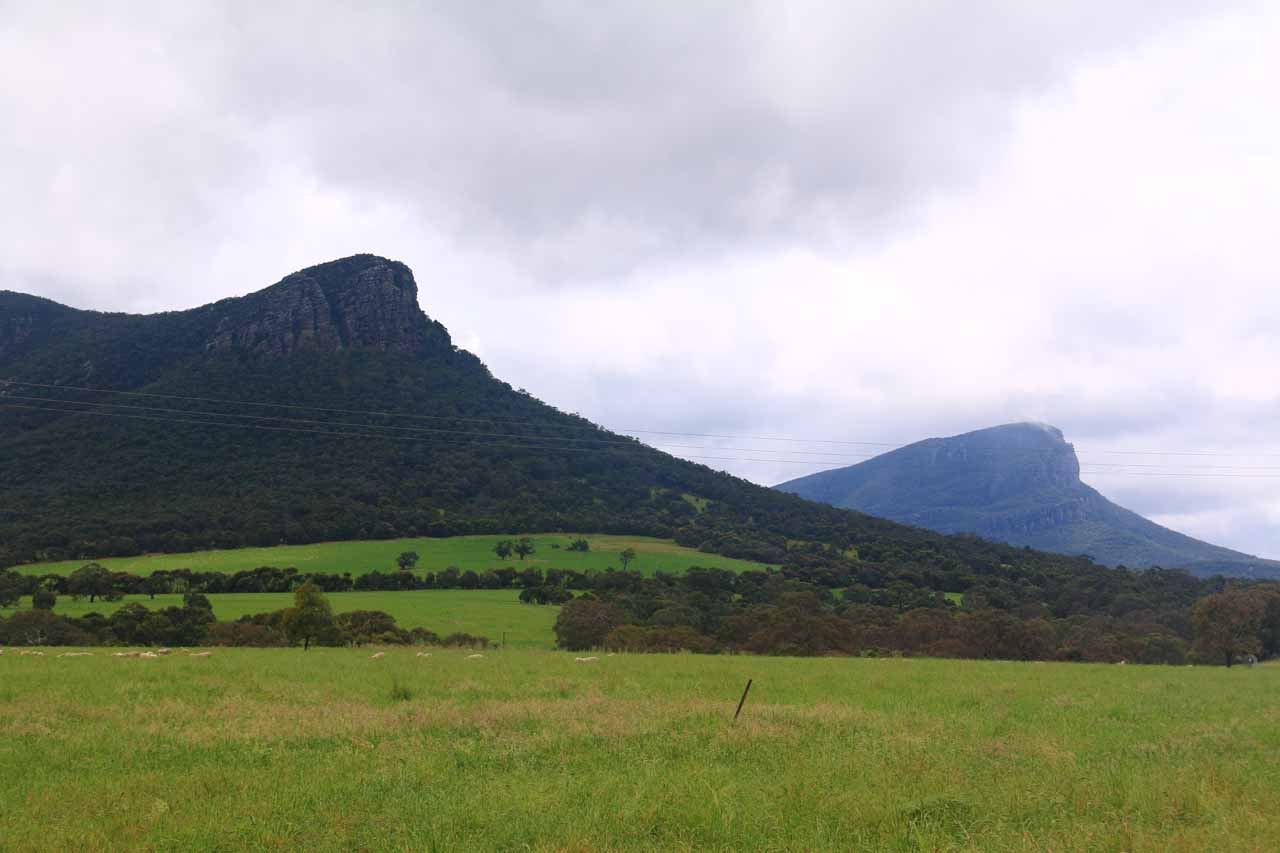 The shapely mountains of Mt Abrupt and Mt Sturgeon backed the town of Dunkeld, which was further south from our Kalymna Falls detour on our way to Hamilton from Halls Gap