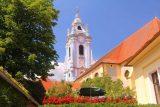 Durnstein_216_07072018 - Looking towards the blue church tower in Durnstein