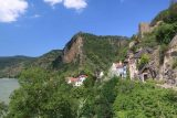 Durnstein_222_07072018 - View of the cliffs and some buildings before them as we were leaving Durnstein