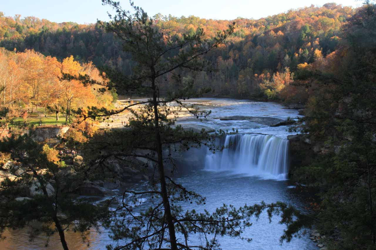 Cumberland Falls from the west bank of the Cumberland River
