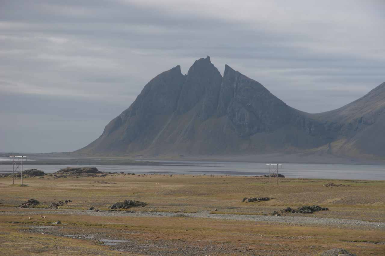 A mountain in the distance that somehow reminded me of Batman near Höfn. We saw this during the long drive from Egilsstaðir to Skaftafell well past the falls near Djupivogur