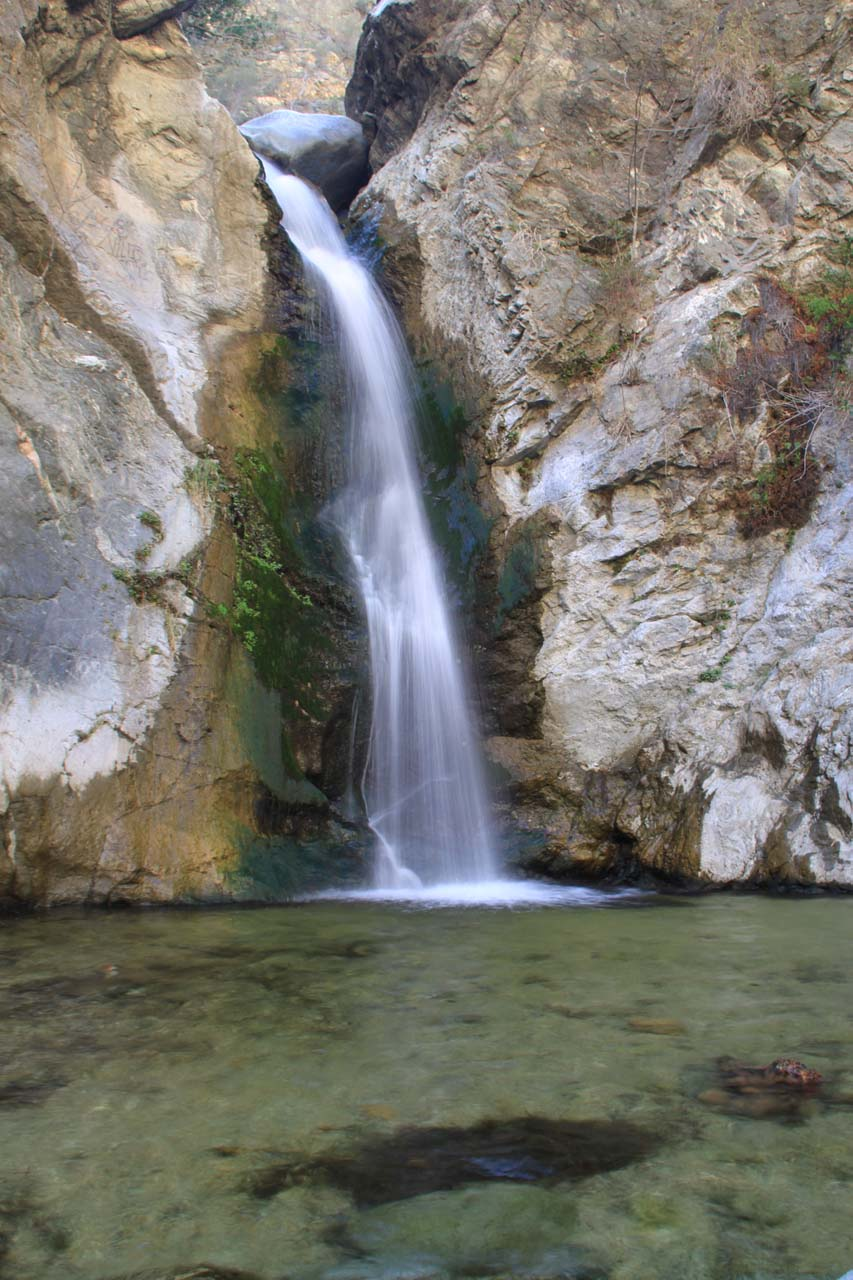 Familiar look at the falls