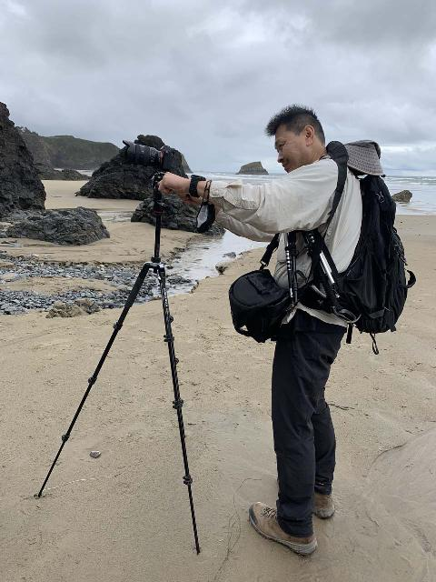 That's me trying to pan the camera on the Manfrotto BeFree 3-Way Live Advanced Tripod, but it was tricky to maintain its level given the sandy surface of the beach