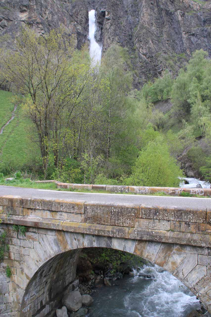 Looking over the smaller bridge towards Saut de La Pucelle