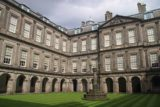 Edinburgh_728_08222014 - The courtyard in the Palace of the Holyroodhouse