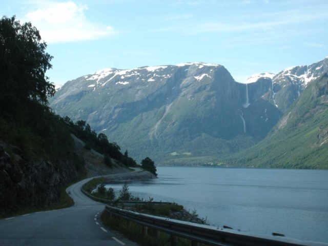 Eikesdalen_009_jx_07032005 - Going around Eikesdalsvatnet towards Mardalsfossen as seen back in July 2005