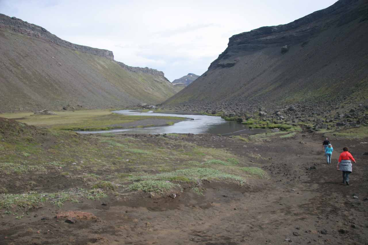 Starting the hike into Eldgjá chasm to get to Ófærufoss