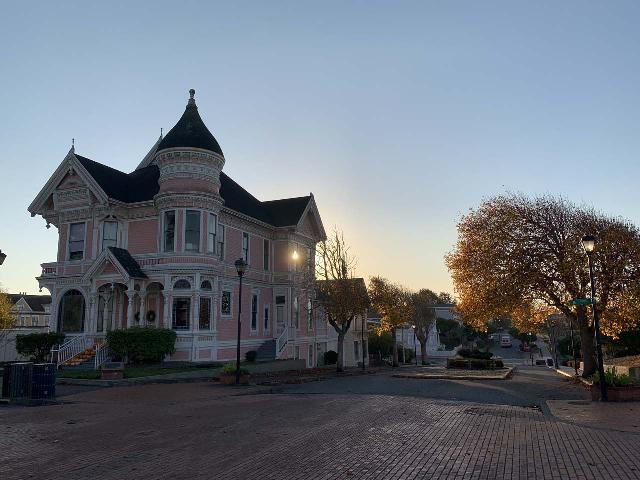 Eureka_005_iPhone_11202020 - A little over an hour's drive to the south of Orick was the city of Eureka, which featured some impressive Victorian-era buildings like the pink Carson House shown here, which happened to be right across the street from the Carson Mansion
