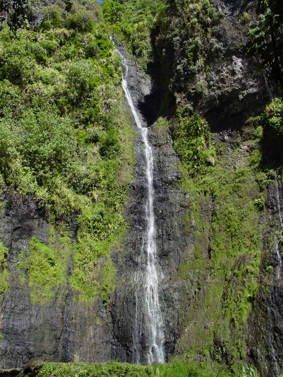 Et voila!  Vaimahutu Falls in the Dry Season