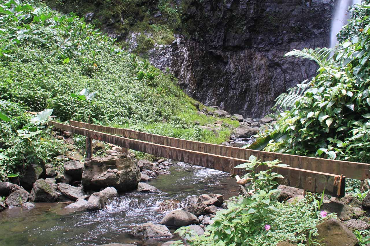 The unfinished bridge before the base of Haamaremare Rahi