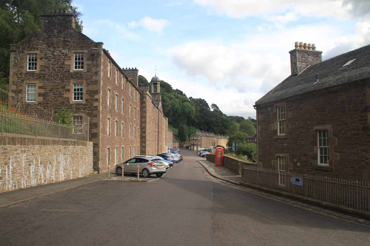 Walking the town streets of New Lanark on my way to the visitor center