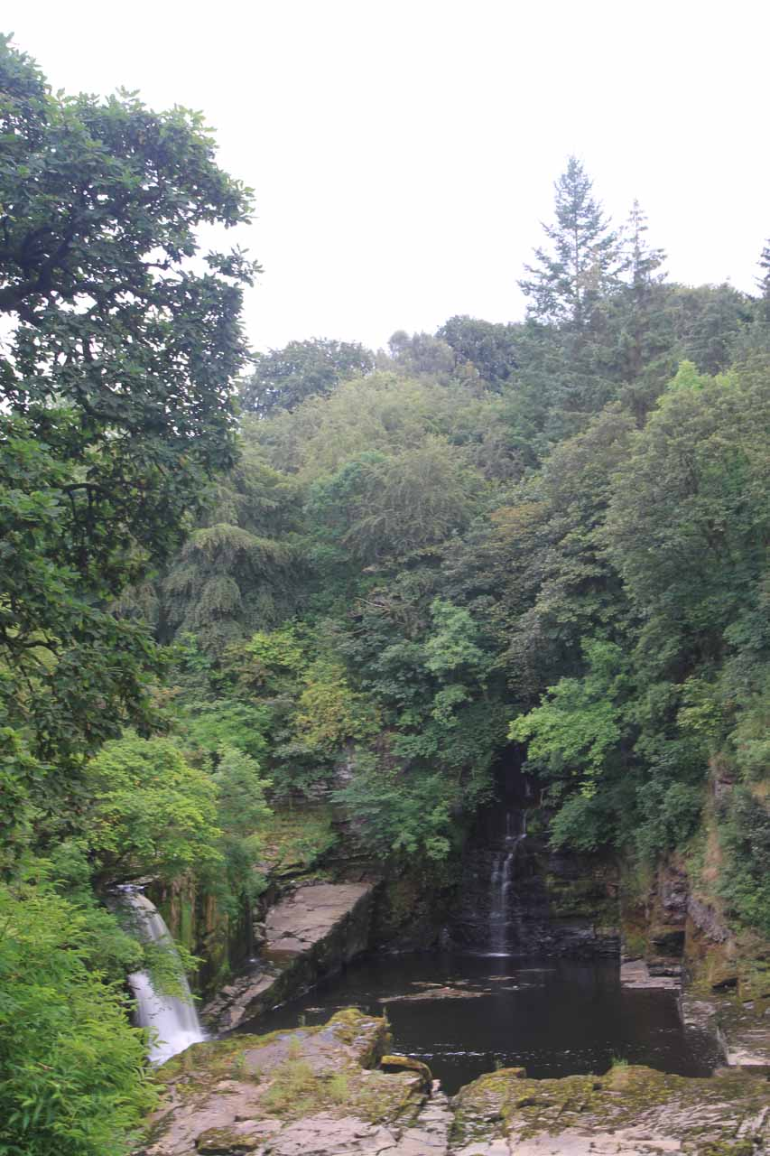 I didn't know it at the time, but the falls on the left was actually the lower tier of Bonnington Linn