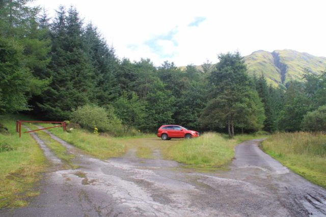 Falls_of_Glomach_002_08242014 - The trailhead at the Dorusduain car park, which traversed through private land to get here, but it also resulted in an 8-mile hike, which cut off 33% of the trail length had I started from Morvich