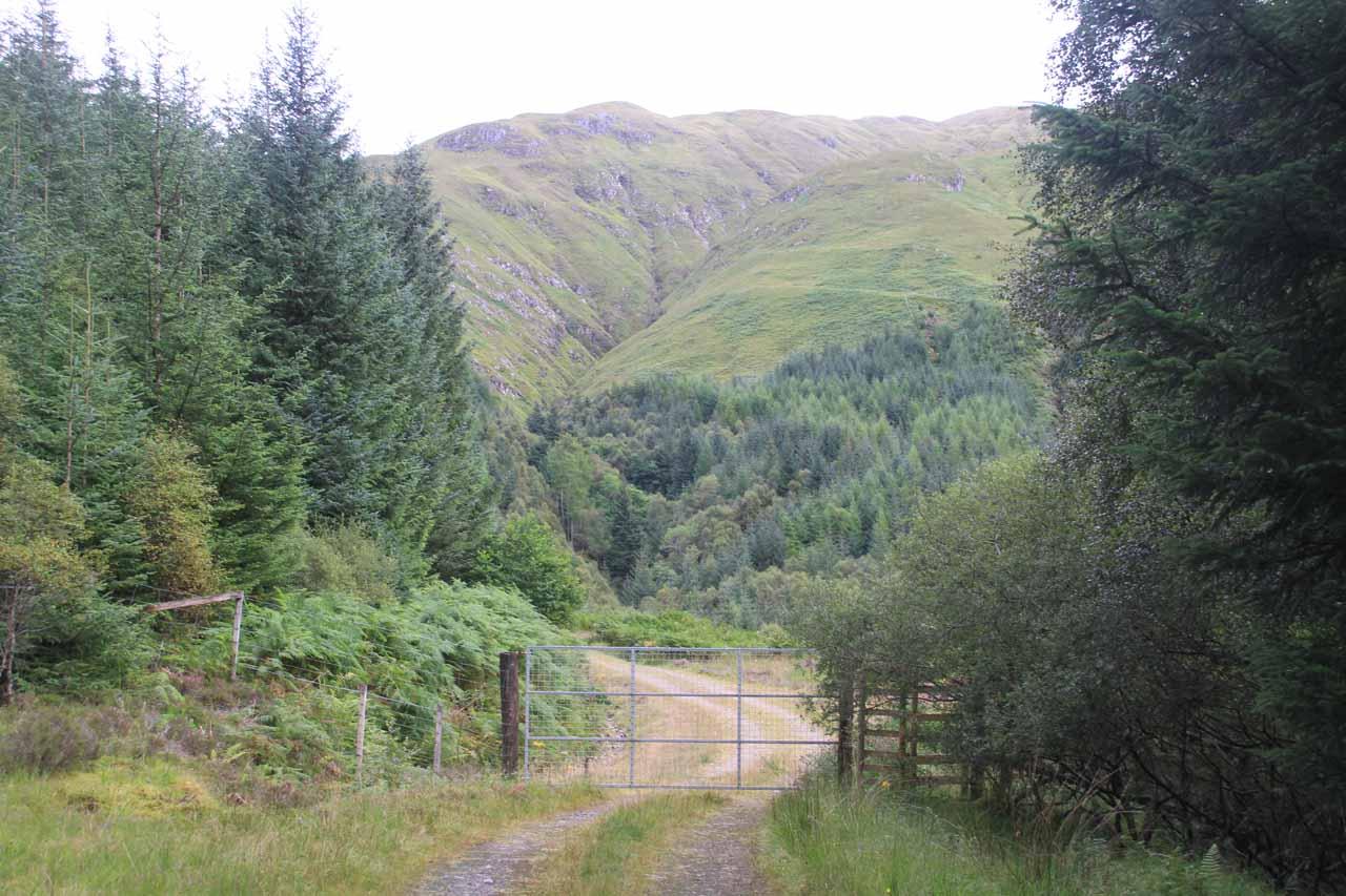 Passing through a sheep gate as I entered a pasture near the head of the Abhain Chonaig Valley