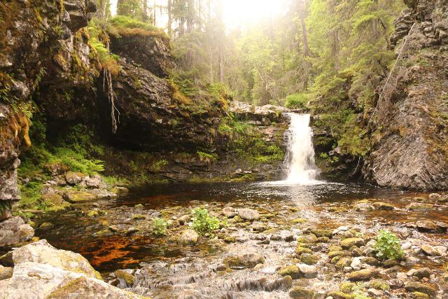 Fettjeafallet_041_07112019 - One of the intermediate cascades on the Fettjeån en route to Fettjeåfallet