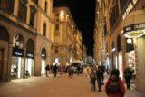 Firenze_065_20130526 - Walking more of the arcade just north of the Piazza della Signoria