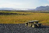 Fjallsarlon_212_08082021 - The picnic table fronting the wide Breidararjokull as we went looking for Morsarfoss