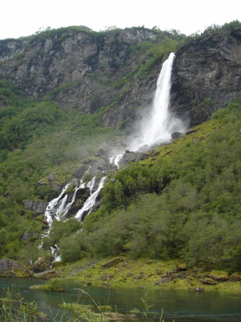 Flam_049_jx_06272005 - Rjoandefossen fronted by the Flåmselvi