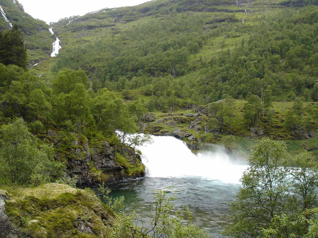 This waterfall was called Kårdalsfossen, and it was the turnaround point for our self-drive into Flamsdalen